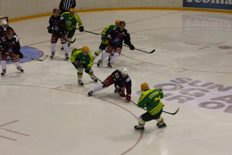 Manglerud Star vant 3-0 over Skien.