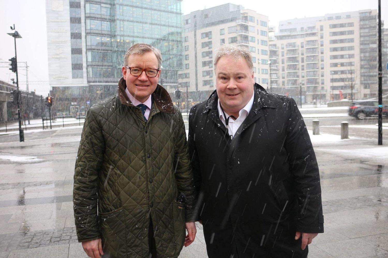 Torger Ødegaard (t.v) og Bård Folke Fredriksen ønsker å møte befolkningsveksten på best mulig måte, og vil utvide kollektivtilbudet på Skøyen.