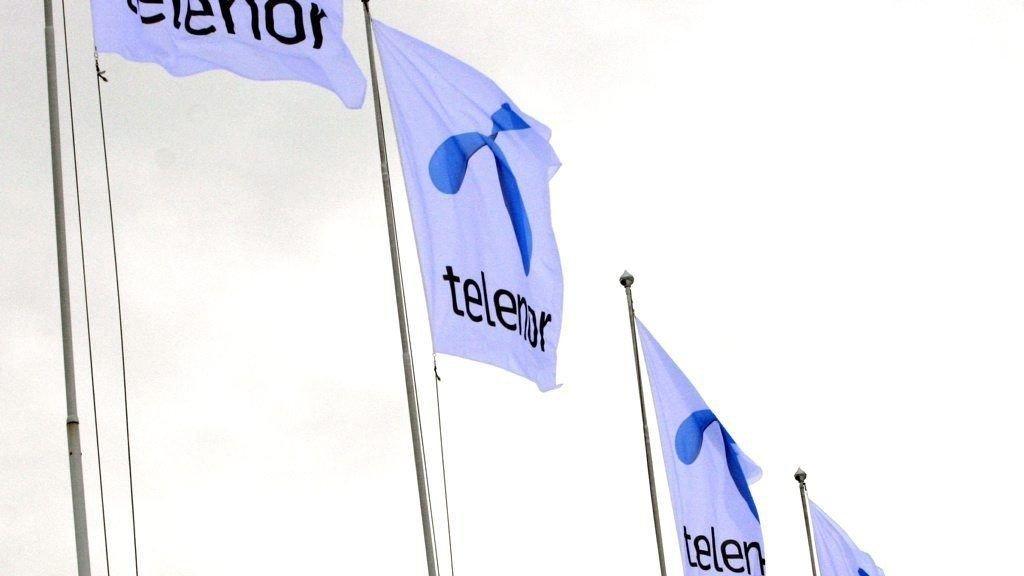 FOR DYRT MED FOTBALL: Både Telenor og DNB mener prisen på norsk fotball er for høy.