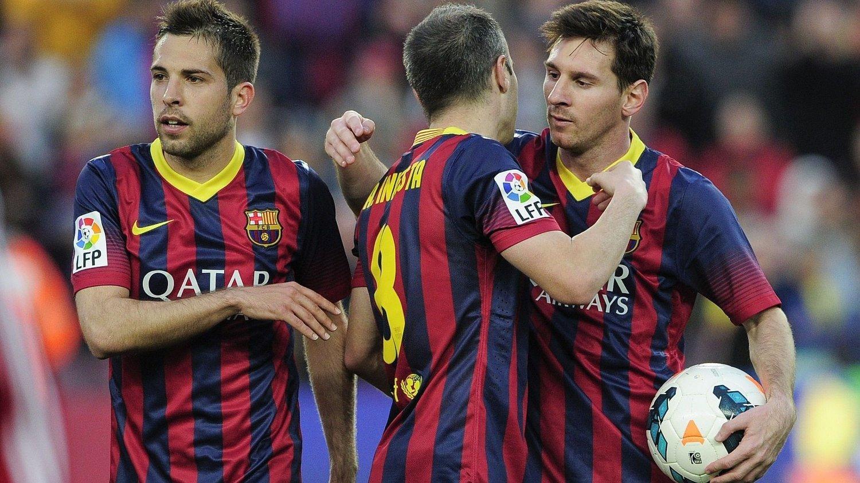 LAGER VERDENS BESTE SPILLERE: Nå kommer Barcelonas fotballskole til Norge.
