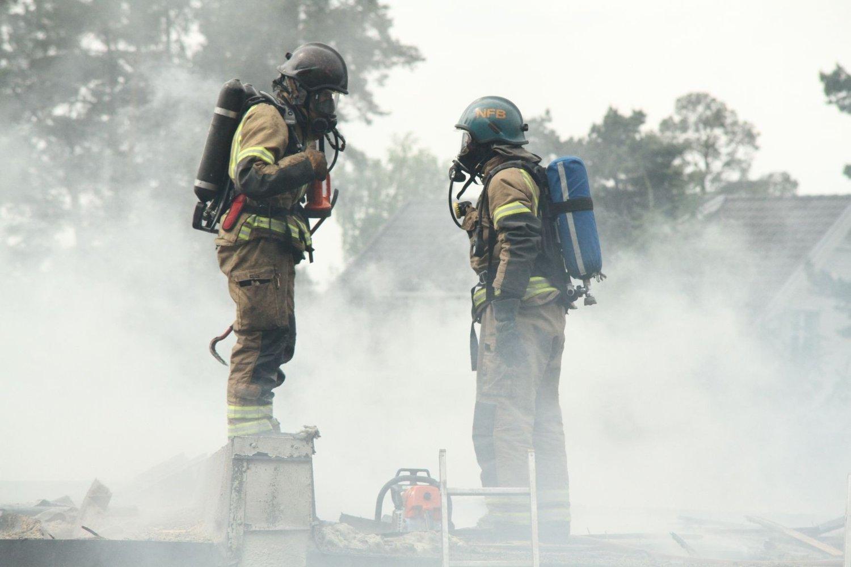 BLIR IKKE HØRT: En rekke brannmenn har varslet om farlig lav bemanning. Så langt har de ikke blitt hørt.