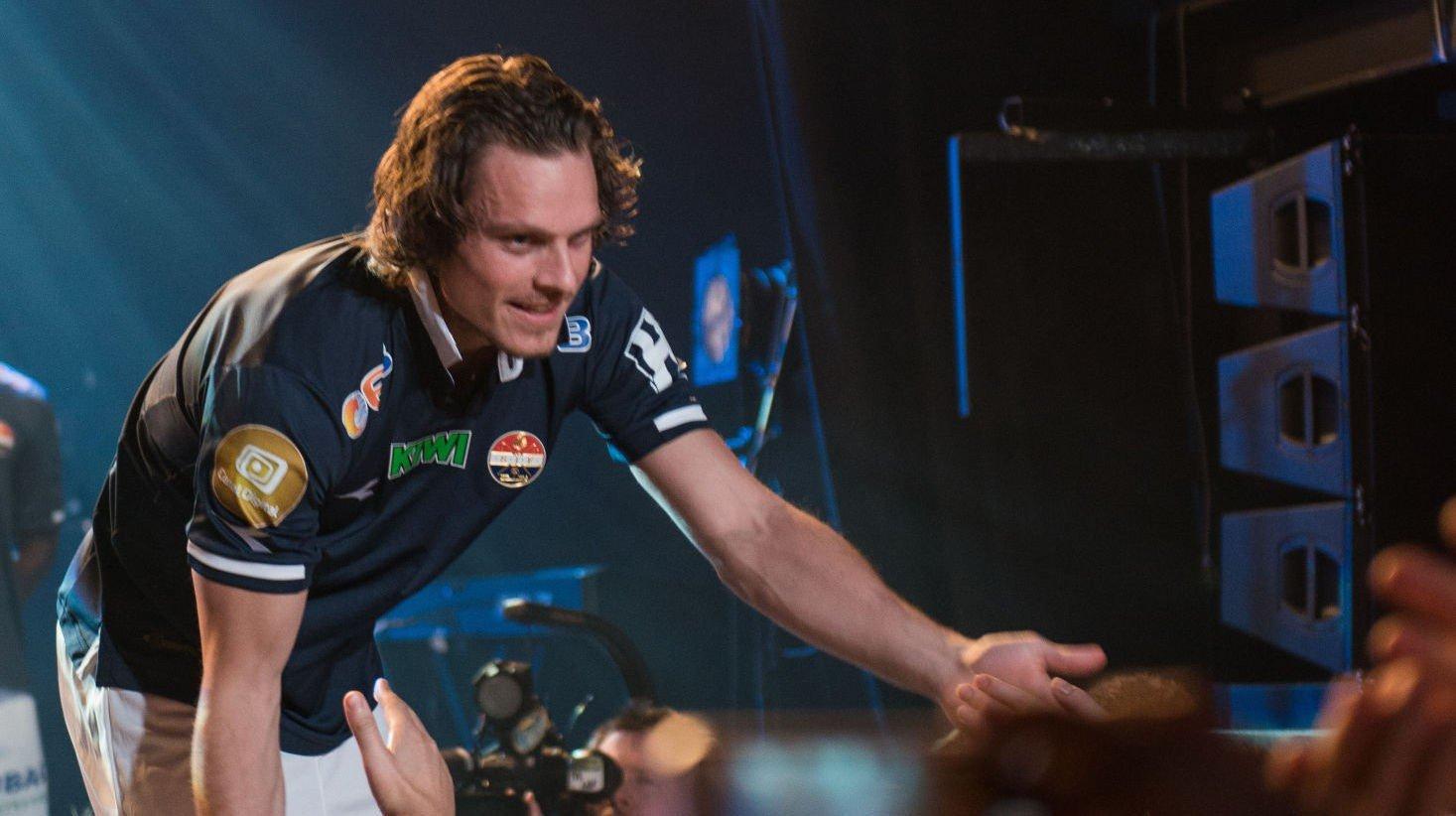 GODE SOM GULL: Jørgen Horn og Strømsgodset-spillerne skal kle seg i gull denne sesongen.