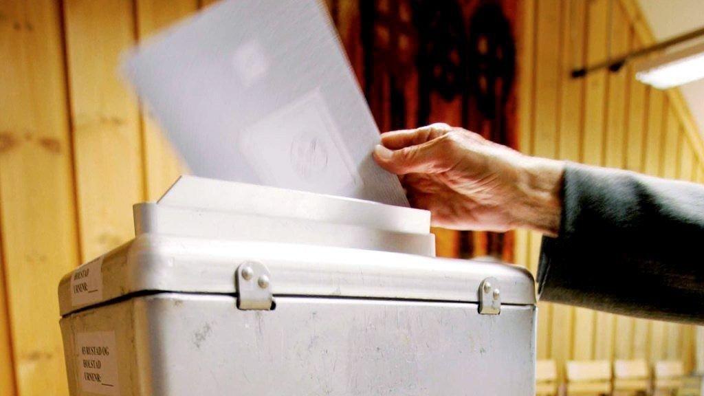 16-åringer i 20 nye kommuner skal få stemme i kommunevalget i 2015.