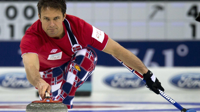 FINALEKLAR: Thomas Ulsrud og resten av curlinggutta slo Canada og passerte dermed det siste hinderet på veien til finale i VM.