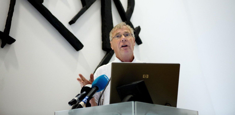 LEGGER SEG FLAT: Skøytepresident Rune Gerhardsen.