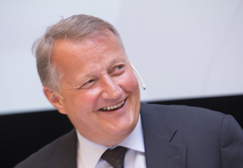 Konsernsjef Rune Bjerke i DNB er en av banksjefene som leverer svært gode resultater til sine eiere - og som ikke trenger å frykte resultatet av egen rentenedsettelse.