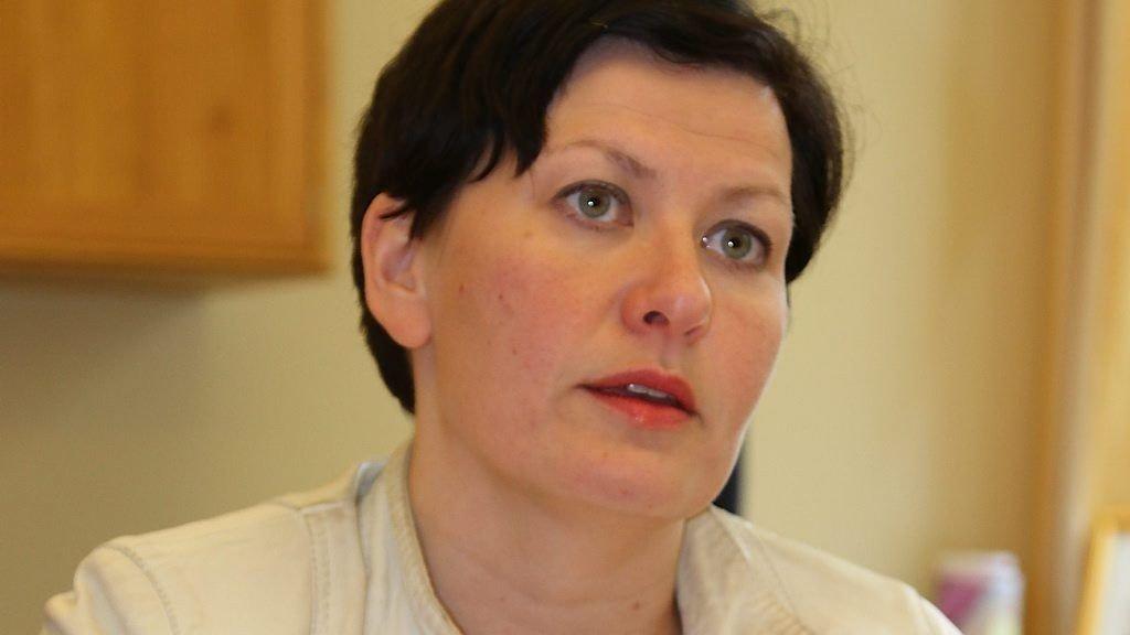 Aps nestleder Helga Pedersen mener en kommunereform må være basert på reell frivillighet og krever at Høyre og Frp må komme med en justert kommunereform dersom de ønsker Aps støtte.