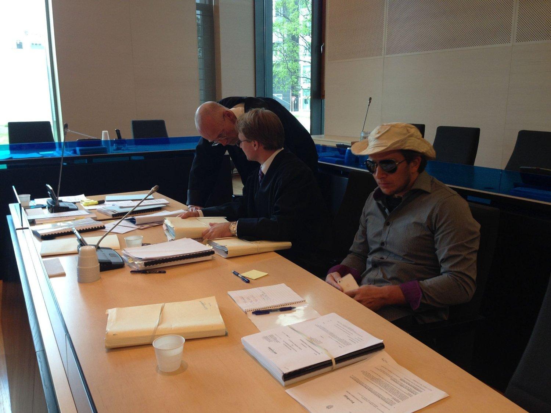 I RETTEN: Eventyrer og skipper Jarle Andøy har nektet å vedta et forelegg på 40.000 kroner.