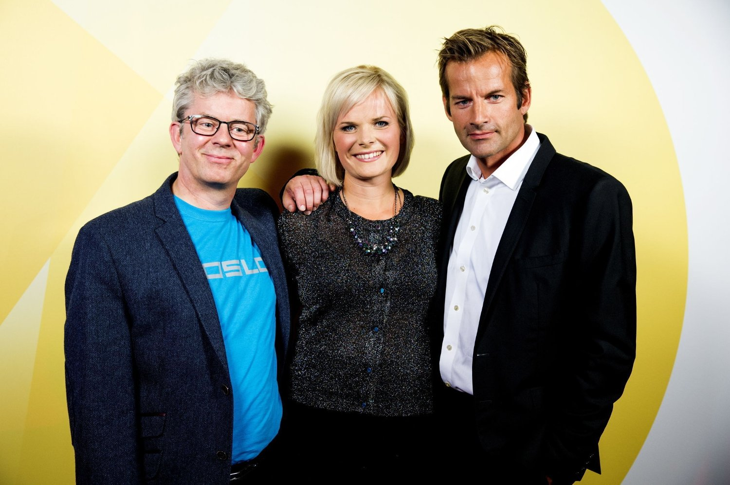 FENGER FÆRRE: Knut Nærum (f.v.), Ingrid Gjessing Linhave og Jon Almaas sørger fortsatt for solide seertall med «Nytt på nytt», men kanalen de sender på er i ferd med å miste fart.