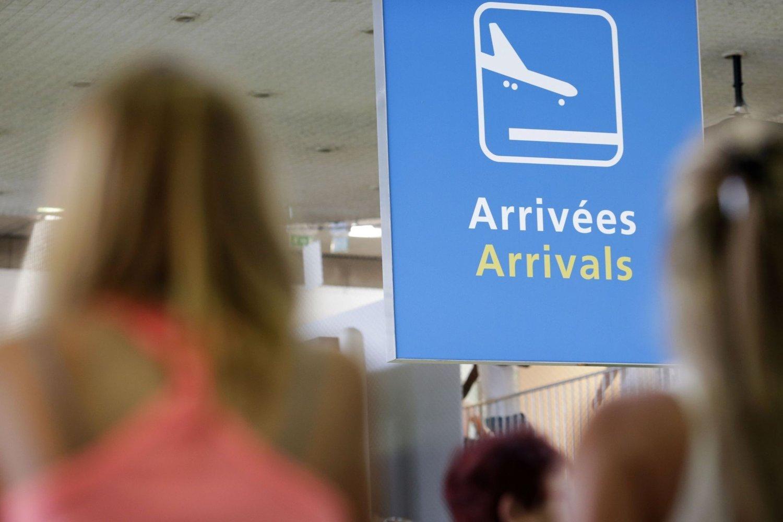 Streiken førte til at Air France måtte kansellere én av sju av sine kort- og mellomdistanseflyginger.