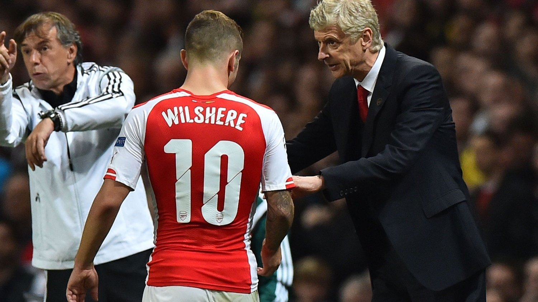 Arsenal må bryte trenden og ta flere poeng i tidligkampene i Premier League. Lørdag gjelder det å være klar fra start mot Manchester City.