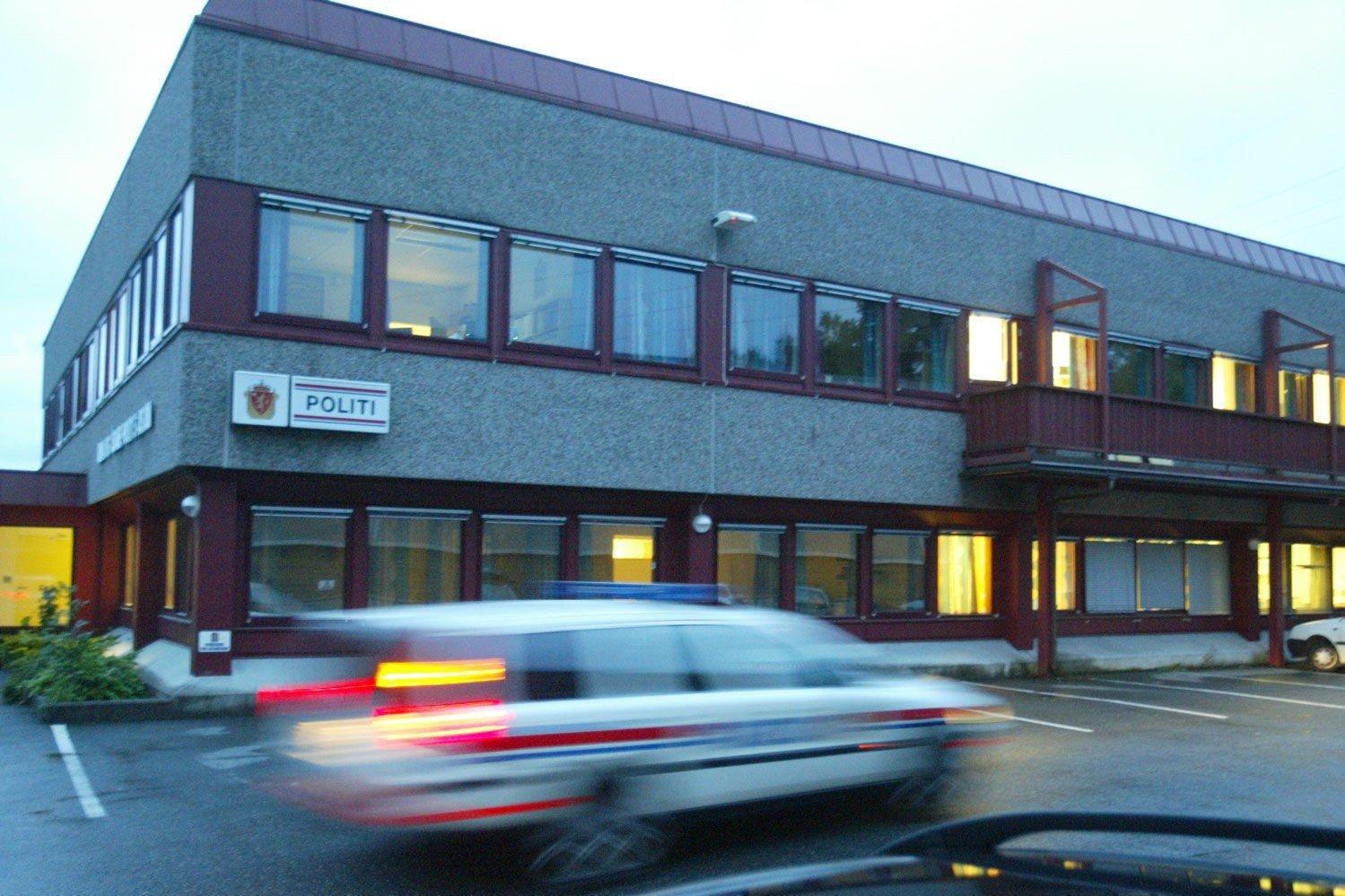 UFINT MØTE: Det var inne på politistasjonen i Åsane at skjellsordene haglet mot politibetjenten.