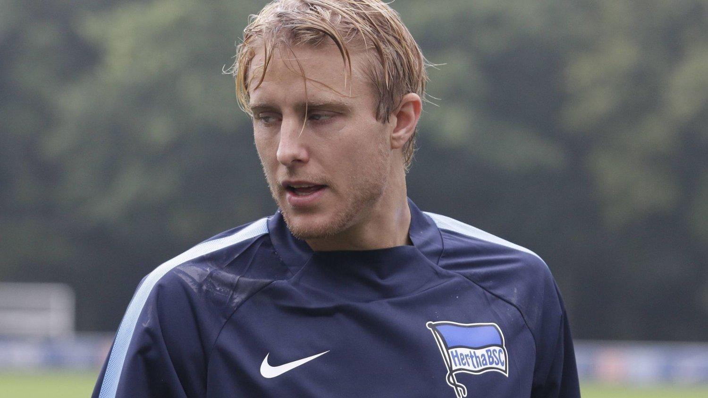 PÅ BENKEN: Per Ciljan Skjelbred satt på benken da Hertha spilte 2-2 mot Freiburg.
