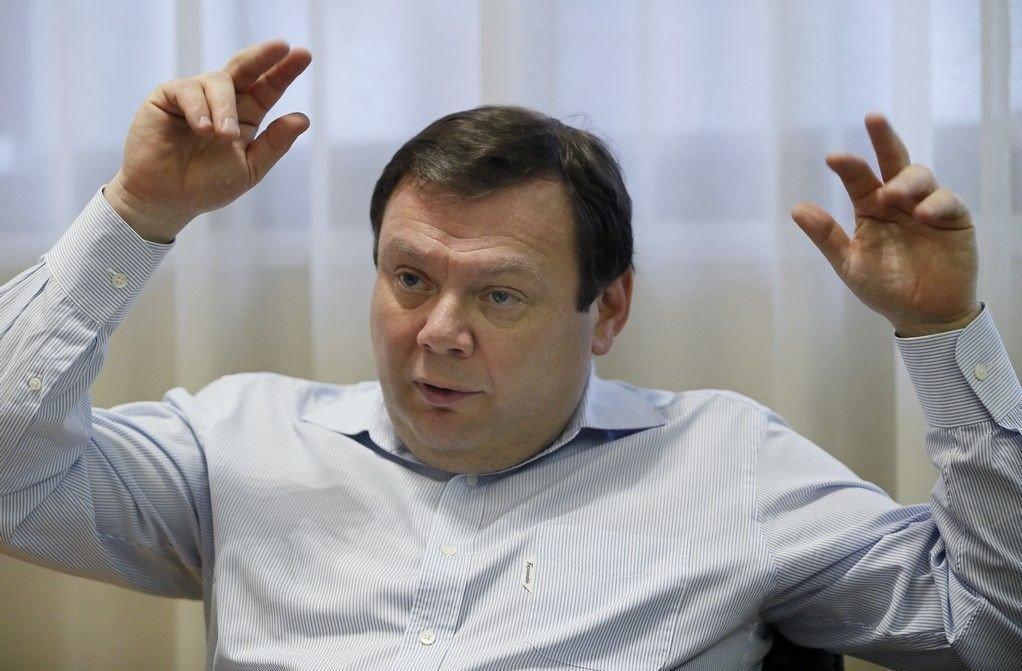 Den russiske oligarken Mikhail Fridman, her avbildet i Moskva april 2013.