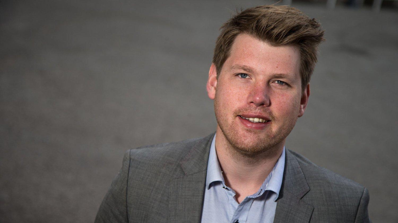 SLÅR TILBAKE: Atle Simonsen, formann i Fremskrittspartiets Ungdom (FpU), mener KrFU og Unge Venstre ikke kan kreve så mye i budsjettforhandlingene.