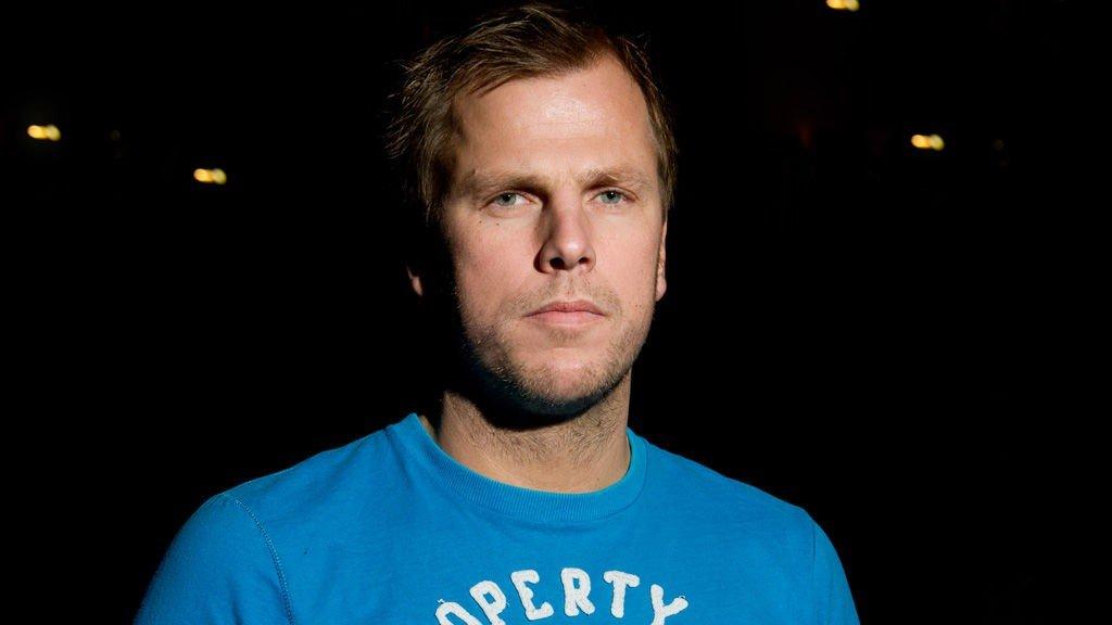 Einar Øgrey Brandsdal mener man må fjerne tollgebyret.