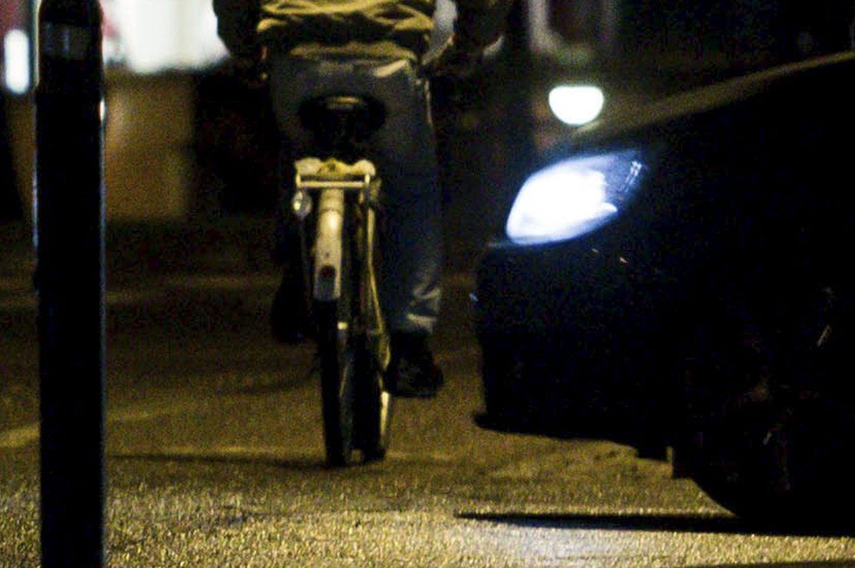 REFLEKS IKKE NOK: Mange sykler uten påbudt lys.