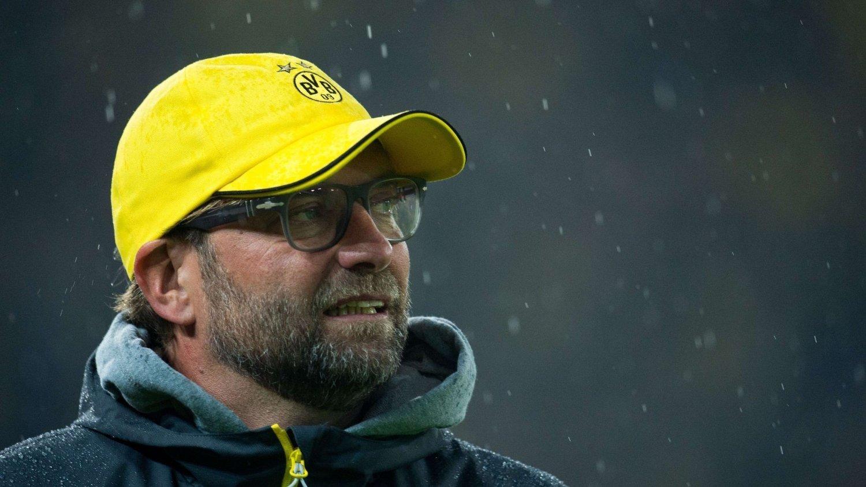 Etter søndagens 0-2-tap for Eintracht Frankfurt, er Borussia Dortmund helt sist i tysk Bundesliga. Men trener Jürgen Klopp kommer ikke til å gå av.