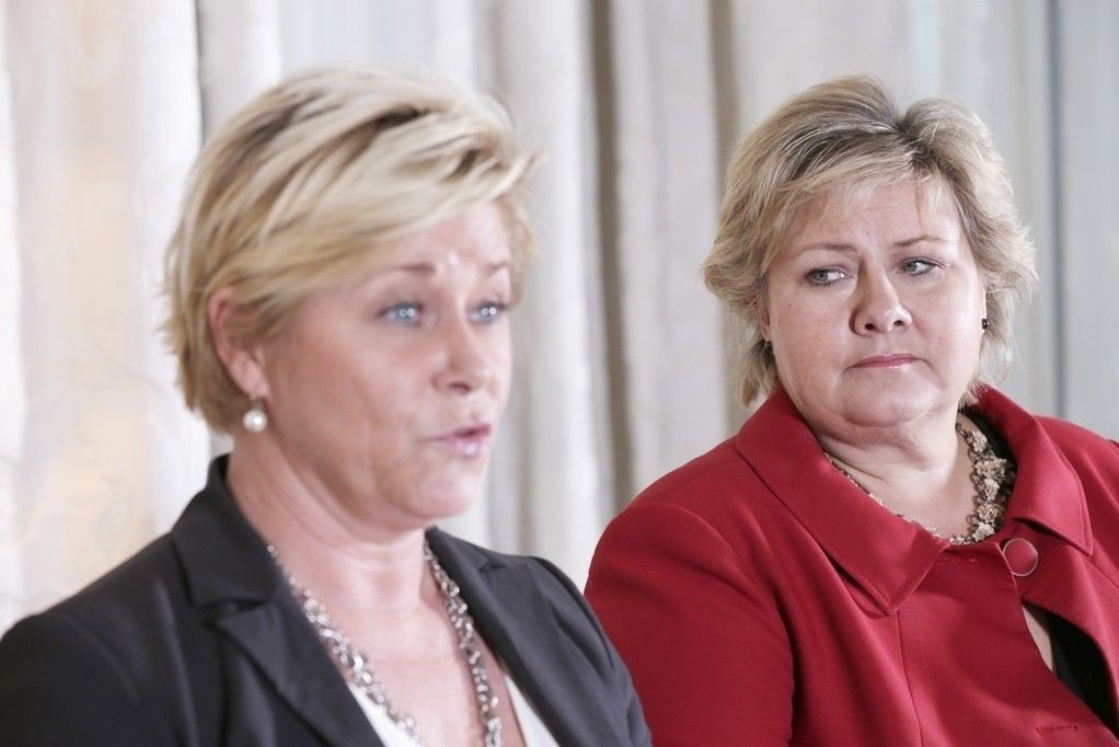 Statsminister Erna Solberg (til venstre) og finansminister Siv Jensen forbereder store nye skattekutt ifølge avis.