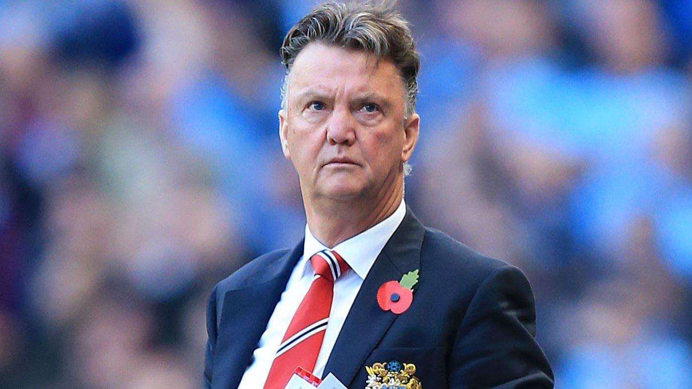 Manchester United-manager Louis van Gaal liker ikke julekampene i Premier League.