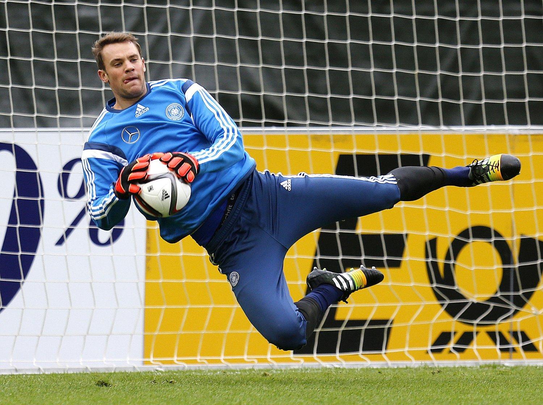 NOMINERT: Manuel Neuer kan bli første keeper som vinner FIFAs året spiller-pris.