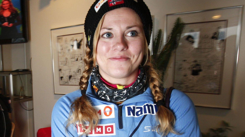 Oslo 20101119. Skihopperen Anette Sagen møtte pressen i Oslo fredag foran kvinnenes NM i Vikersund kommende helg. Foto: Erik Johansen / Scanpix