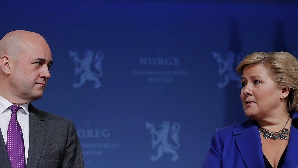 Sveriges tidligere statsminister Fredrik Reinfeldt, her i et møte med Erna Solberg.