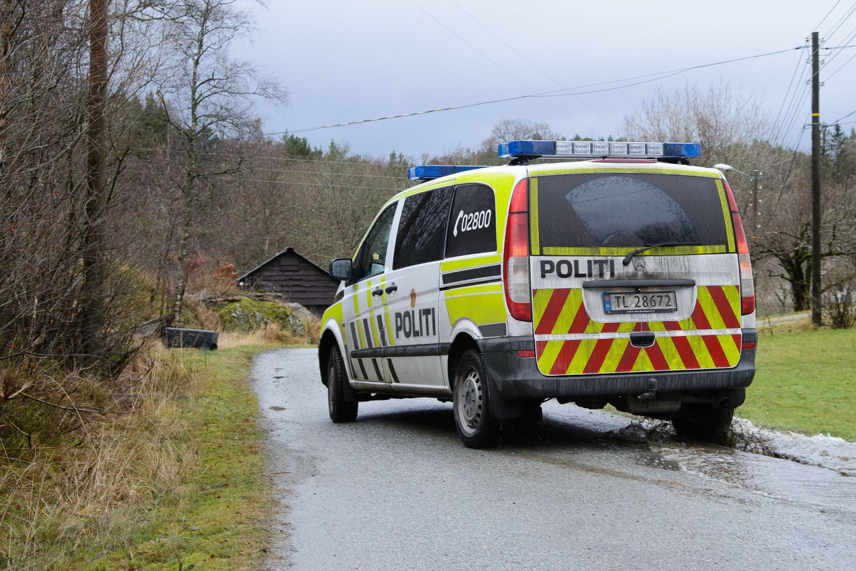 DØDE: En mann i 50-årene døde etter å ha blitt utsatt for grov vold på på Stord i Hordaland natt til søndag. Politiet har siktet en mann i 40-årene i saken.