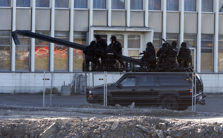 DELTA: Politiets beredskapstropp (DELTA) under en demonstrasjon på Fornebu.