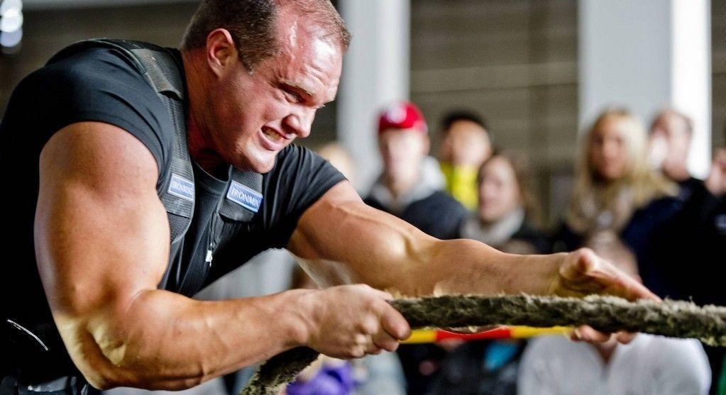 Her er Lars Rørbakken i aksjon under Strongman-konkurransen på Midttun for et par år siden.
