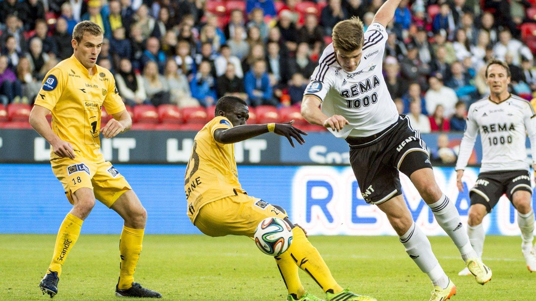 FRA HVITT TIL GULT: Alexander Sørloth leies ut fra Rosenborg til Bodø/Glimt den kommende sesongen.