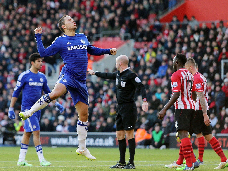 HET POTET: Eden Hazard fant nok en gang fram teknikk på eminent nivå mot Southampton.