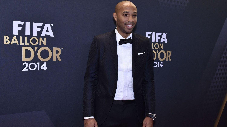 Thierry Henry går til et kraftig angrep på Arsenal-supportere som nylig kritiserte manager Arsène Wenger.