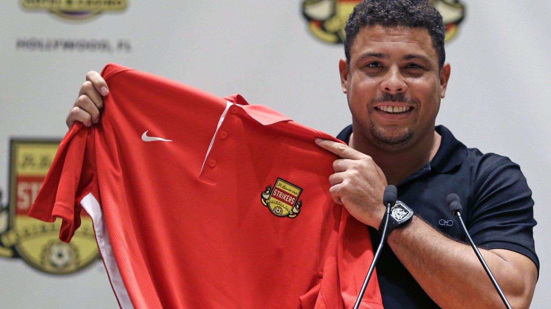 Brasilianske Ronaldo kan gjøre comeback for Fort Lauderdale Strikers, klubben han går gått inn som deleier av.