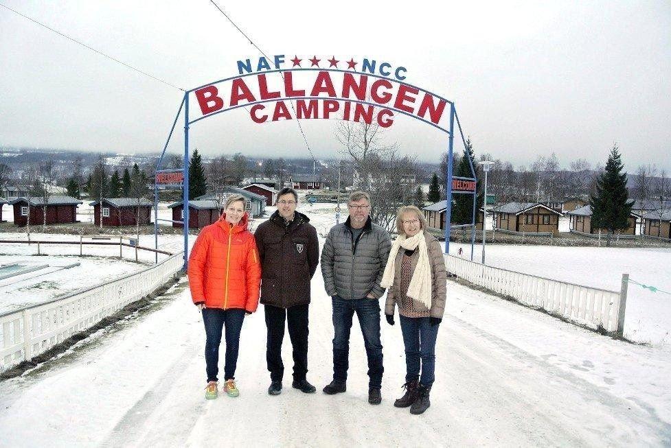 Sara Offerbeek og Eilert Ravn har overtatt Ballangen camping fra Anne-Kate og Jørn Wiik.