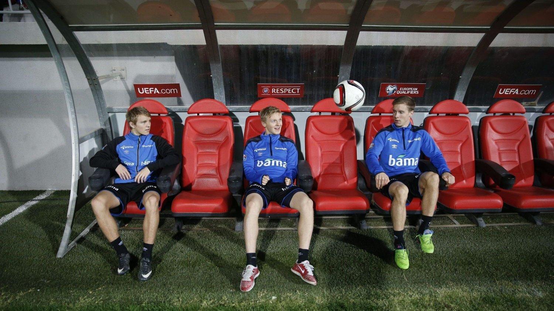 Martin Ødegaard (t.v), Mats Møller Dæhli (midten) og Stefan Johansen (t.h) er tre av Norges beste fotballspillere. Nytt prosjekt skal sørge for talentene i landet skal få bedre kampmuligheter. FOTO: NTB scanpix