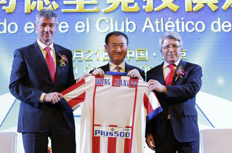 RIKING: Kinesiske Wang Jianlin har kjøpt seg inn i Atletico Madrid.