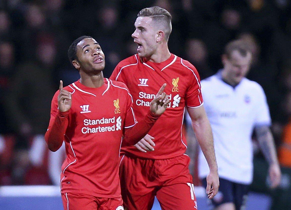 NYE AVTALER? Liverpools Raheem Sterling og Jordan Henderson.