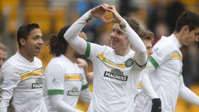 Celtic's Stefan Johansen celebrates his goal during the Scottish Premiership game at McDiarmid Park, Perth.