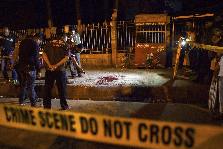 Ytterliggående islamister i landet har lenge krevd at ateister som blogger må henrettes i offentlighet.