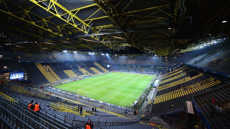 BOMBEFUNN: Like ved Borussia Dortmunds hjemmestadion ble det fredag funnet en 250 kilo tung bombe.