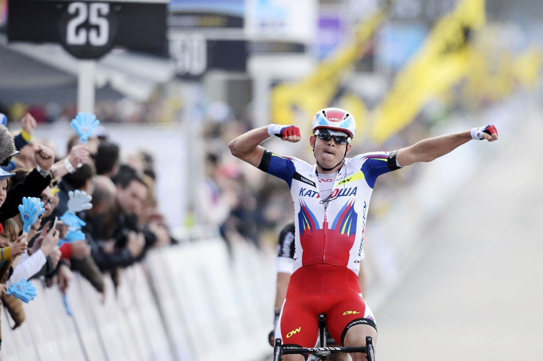 TIL TOPPS: Alexander Kristoff gikk helt til topps i Flandern Rundt på søndag.