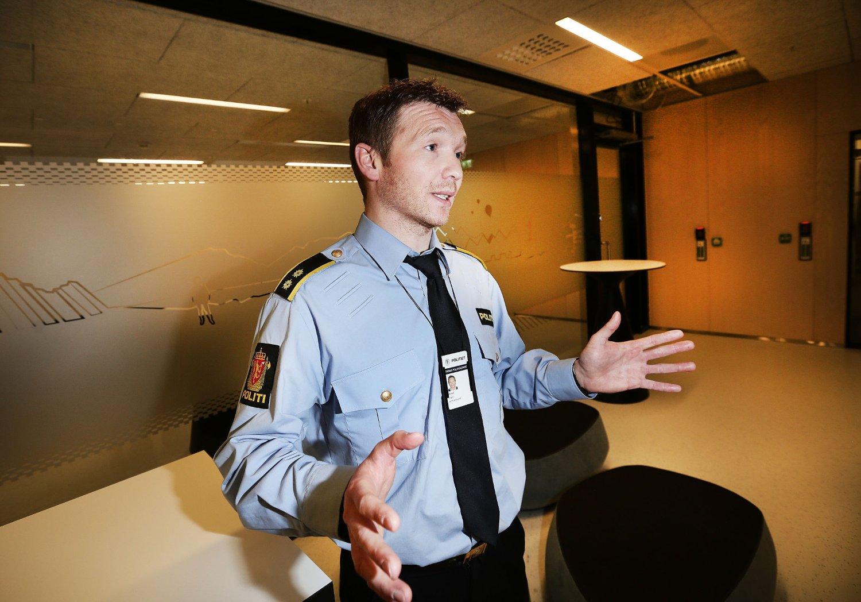 ETTERFORSKER OVERGREP: Politiet pågrep onsdag en mann i 30-årene, ansatt i en barnehage i Tromsø. Mannne er siktet for seksuelle overgrep - overgrep som angivelig skal ha skjedd i barnehagen der han jobbet, opplyser Yngve Myrvoll, etterforskningsleder i Troms politidistrikt. Foto: Torgrim Rath Olsen