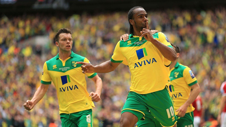 RYKKER OPP: Cameron Jerome og Norwich vant opprykksfinalen på Wembley.