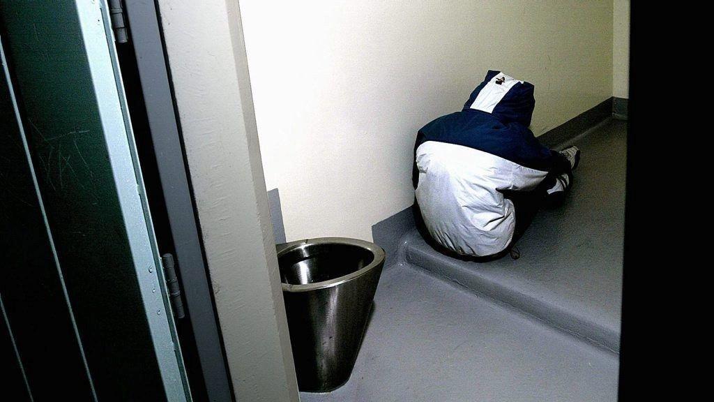 PÅ GLATTCELLE: I forrige uke satt en 18-åring nesten fire døgn i varetekt på glattcelle i Oslo.