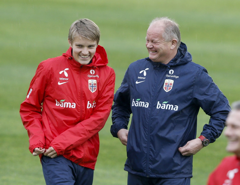 ENDRES IKKE: Europa beholder samme antall VM-plasser også de neste to mesterskapene. Dermed har Martin Ødegaard og det norske landslaget like stor mulighet til å kvalifisere seg som før.