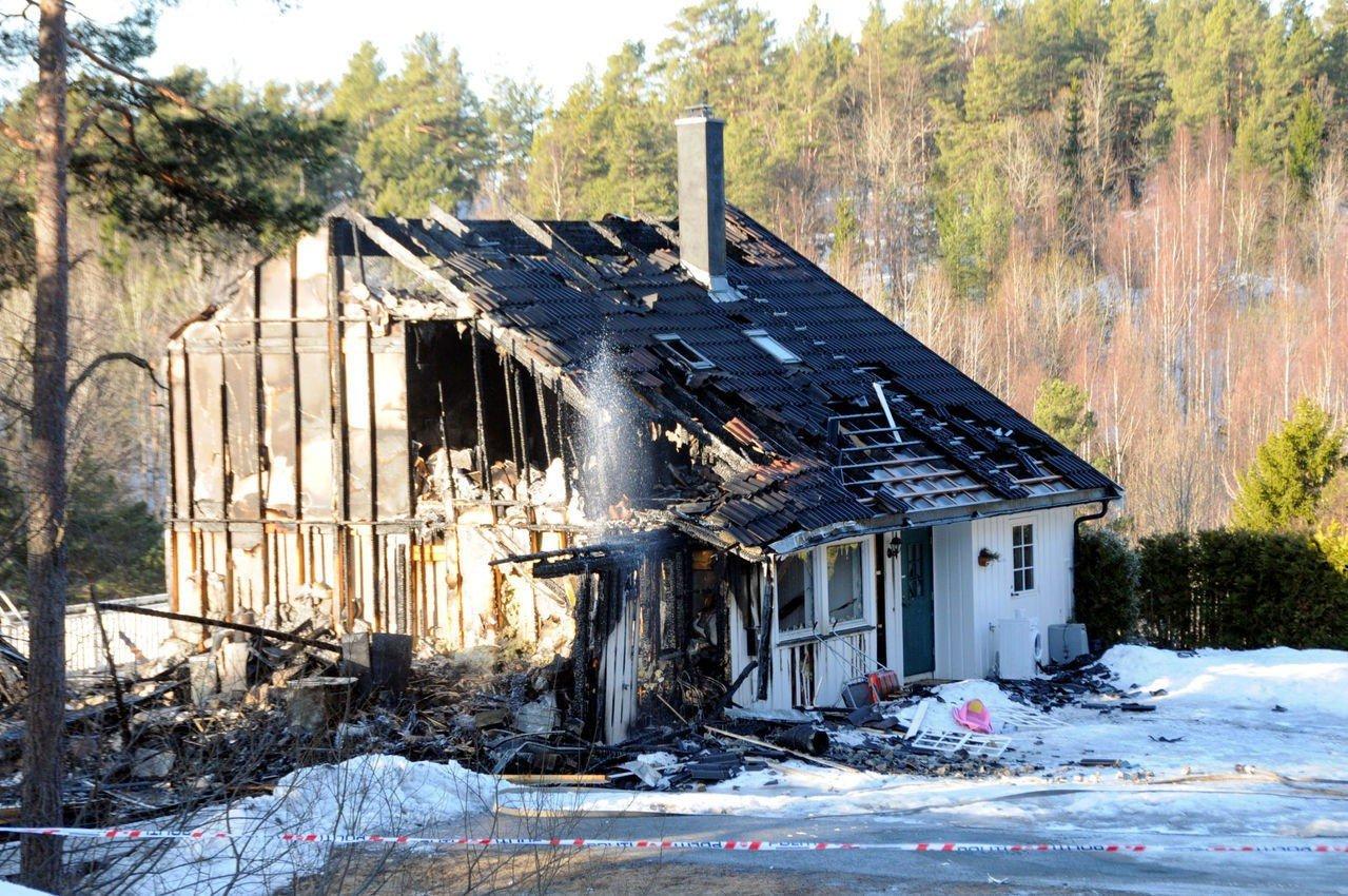 DØMT: Den dømte ektemannen forklarte i tingretten at gass fra en propanovn kunne være årsaken til den voldsomme brannen. Politiets etterforsking avdekket imidlertid at leiligheten var blitt dynket med bensin.