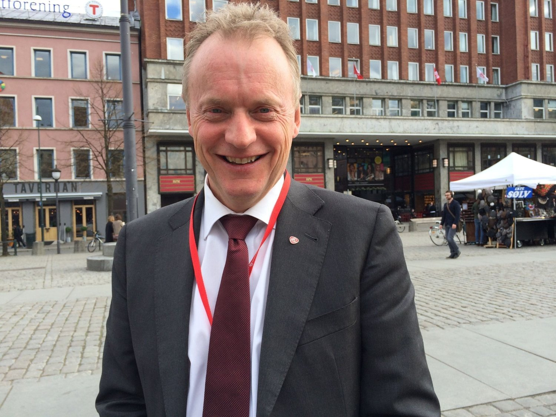 FRIR TIL BARNEFAMILIENE: Arbeiderpartiets byrådslederkandidat i Oslo Raymond Johansen tror partiet kan vinne makten i hovedstaden.