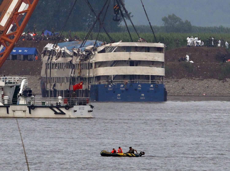 396 mennesker er bekreftet omkommet etter båtulykken på Yangtze-elven mandag kveld.