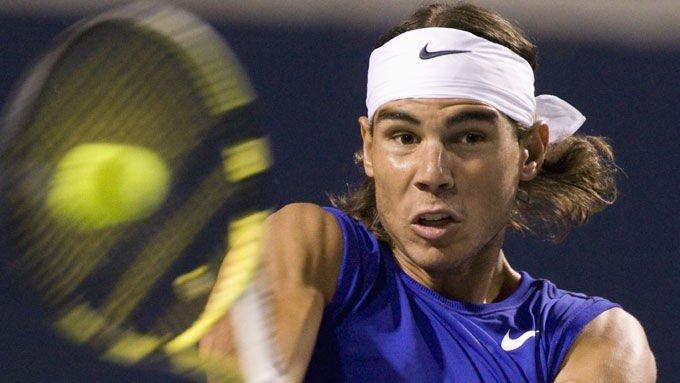 – Jeg blir gradvis bedre på gress, sa Nadal.